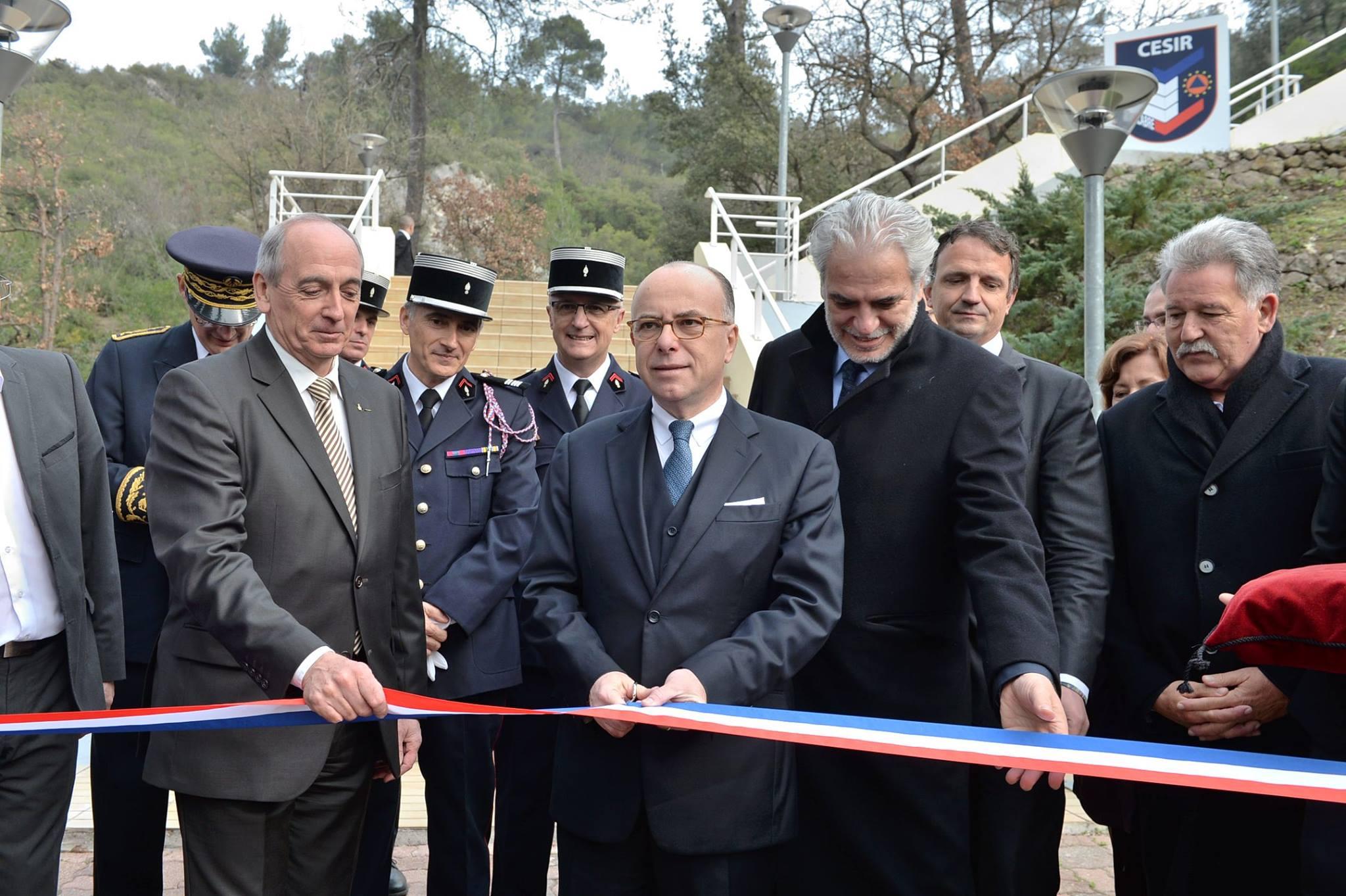 Inauguration du CESIR à Valabre avec Cazeneuve