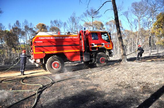 Les pompiers achèvent leur travail